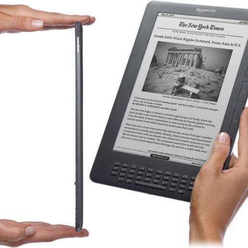 Amazon refuerza su Kindle DX frente al iPad