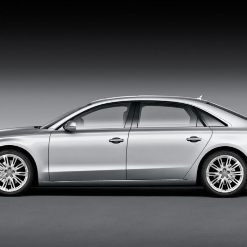 Audi A8L lujo