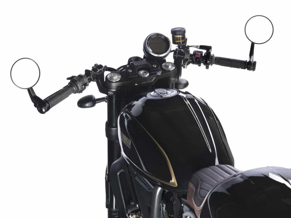 Ducati Scrambler Café Racer detalle mandos