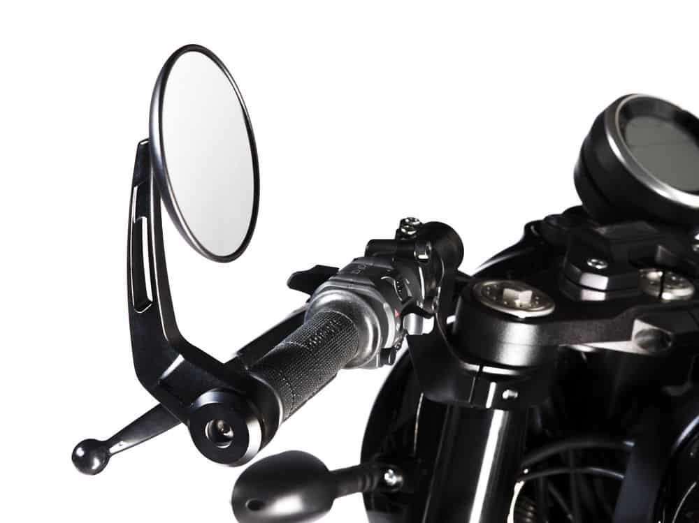 Ducati Scrambler Café Racer detalle retrovisores