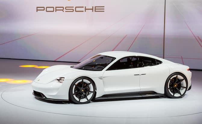 Porsche Taycan Presentación