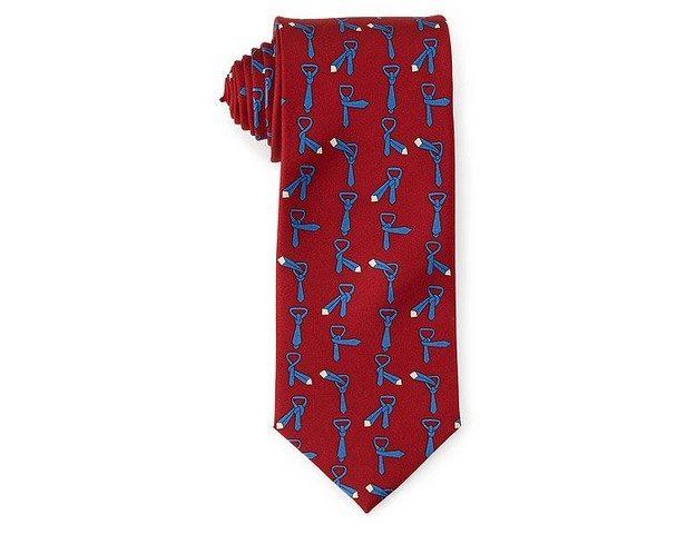 Corbata con instrucciones para hacer el nudo de la corbata